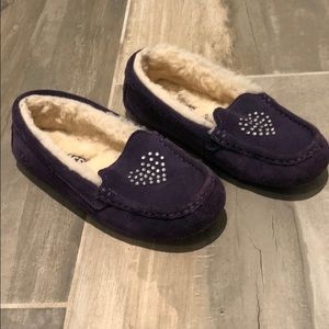Kids Purple Ugg Moccasin slippers size 3